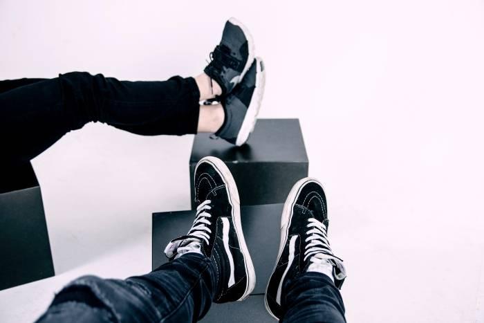 Sko-klær-og-tilbehør-sneakers-dame-barn-og-herre-kjente-merker-Stylepit-rabattkode