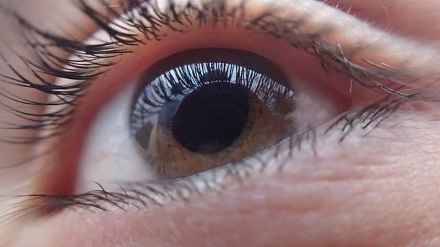 Kontaktlinser-optiker-linser-øye-rimelig-LensOn-rabattkoder
