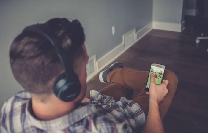 Surfe-på-mobil-datapakker-billig-også-i-utlandet-Talkmore-rabattkoder