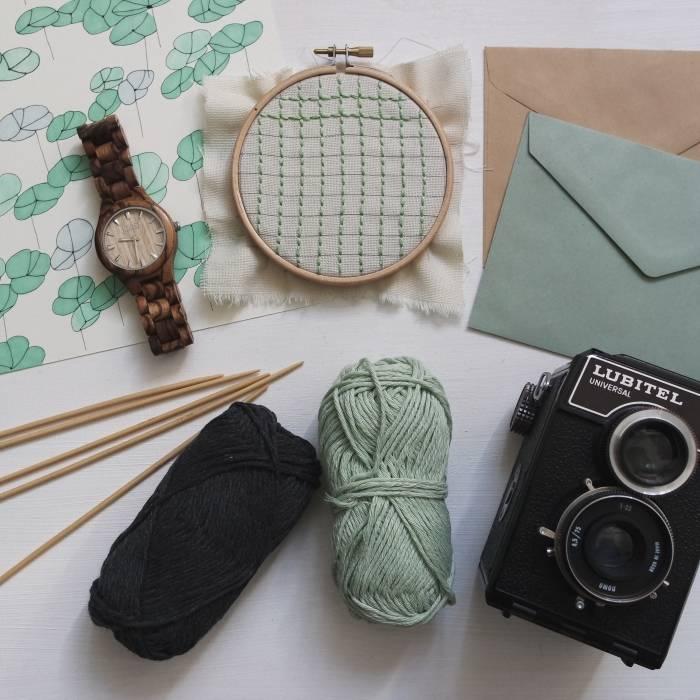 Hobby-strikking-og-annet-mer-enn-bare-bøker-rimelig-med-Adlibris-rabattkode